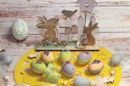 DIY pflegende & schäumende Kleopatra Bade-Eier