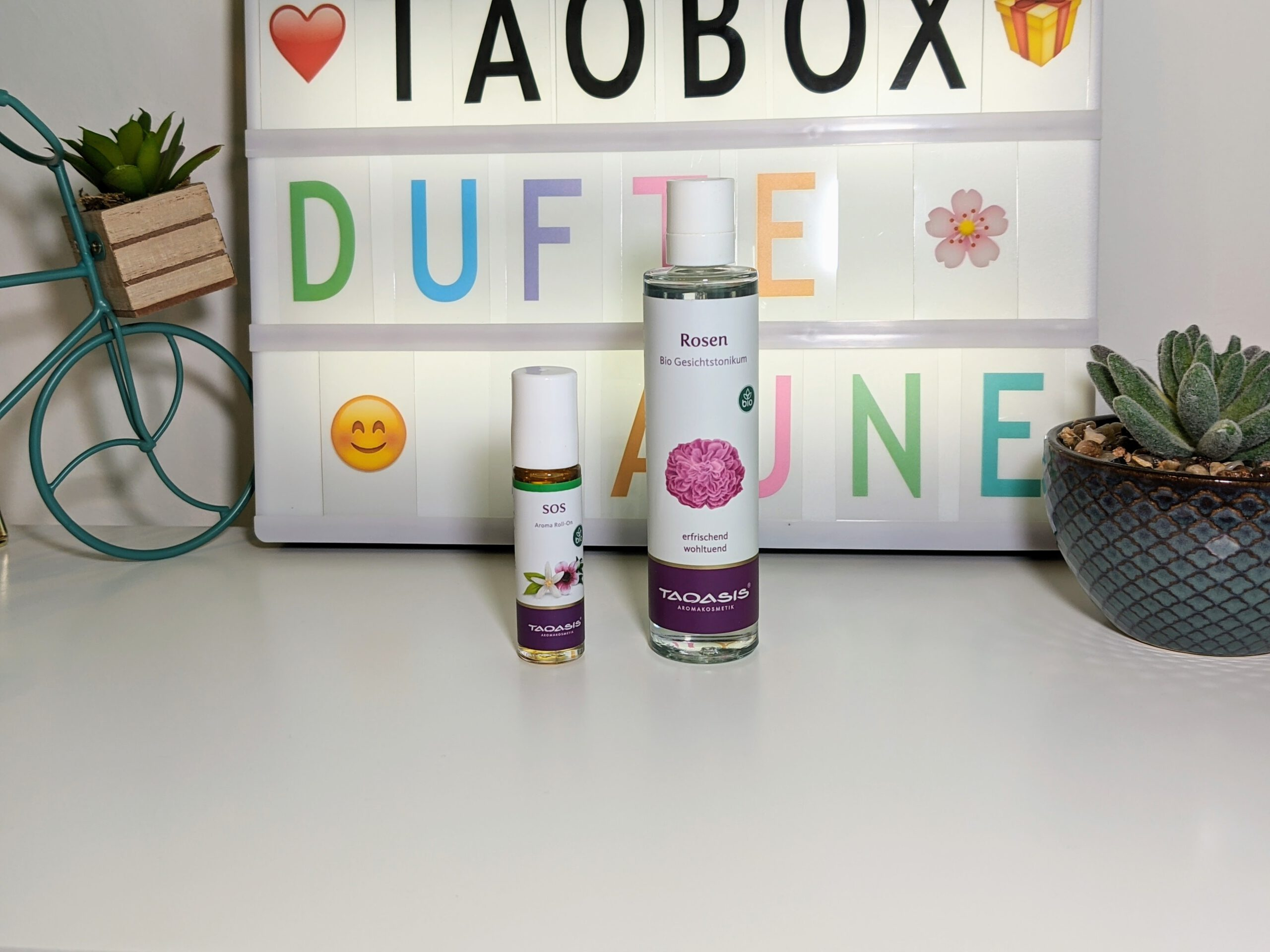 TaoBox – Dufte Laune – Rosen Gesichtstonikum und SOS Aroma Roll-On